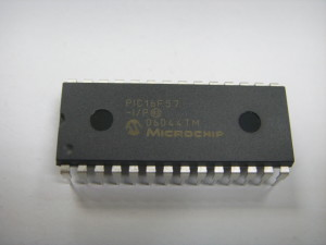 Extract PIC MCU PIC16F720