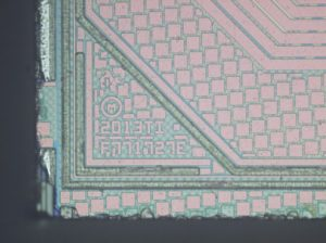 copy-microcontroller-chip-nxp-p87lpc767fn