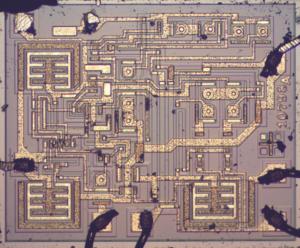 crack-microcontroller-ic-ti-430g2452